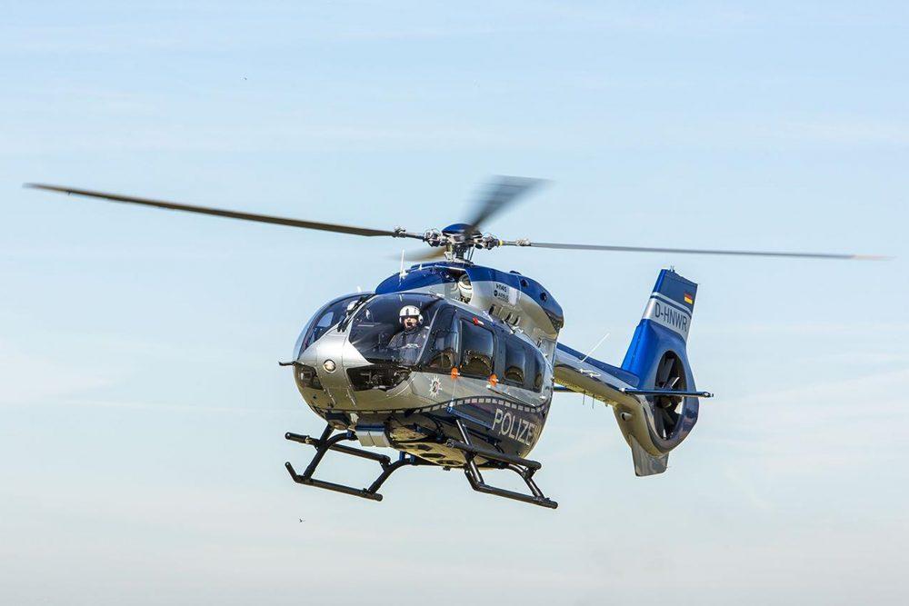 Auch ein Hubschrauber der Polizei war bei der Fahnung im Einsatz.