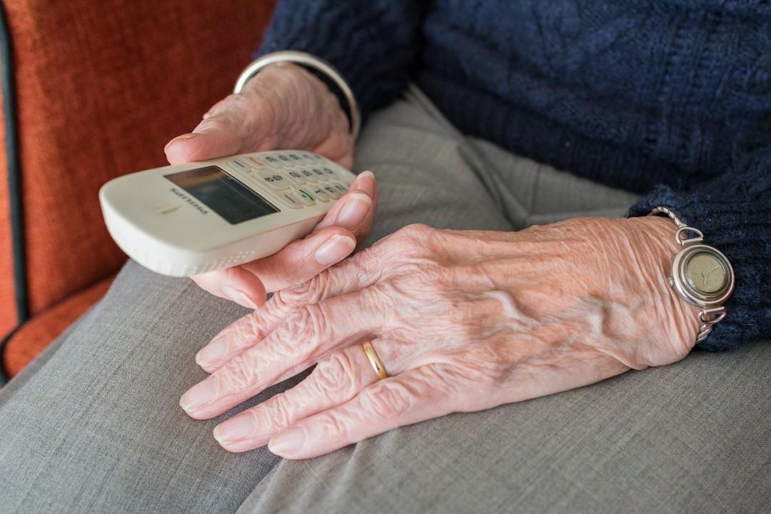 Insbesondere Seniorinnen und Senioren geraten ins Visier von Trickbetrügern. Foto: pixabay