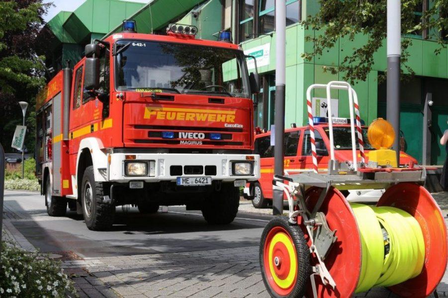 Die rund 2,5 Millionen Euro fließen unter anderem in die Finanzierung von Fahrzeugen und Ausrüstung. Foto: Andre Volkmann