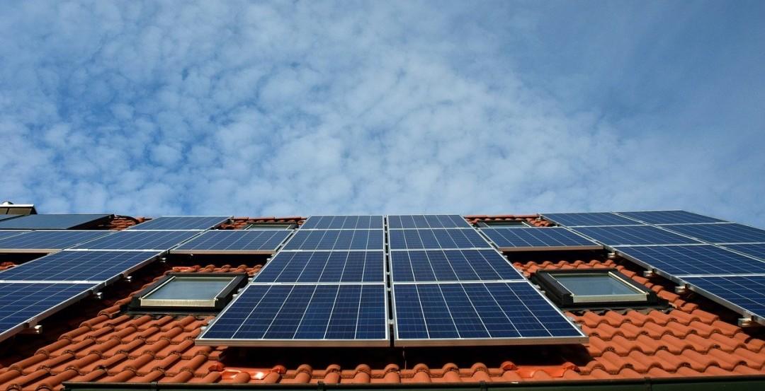 Photovoltaik auf dem Dach. Foto: pixabay