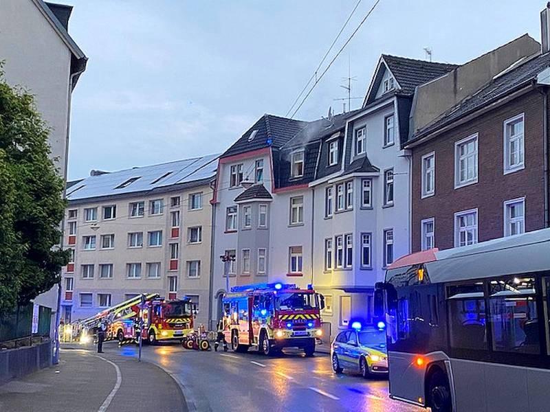 Die Feuerwehr Mettmann ist zu einem Einsatz an die Bahnstraße ausgerückt. Foto: Feuerwehr Mettmann
