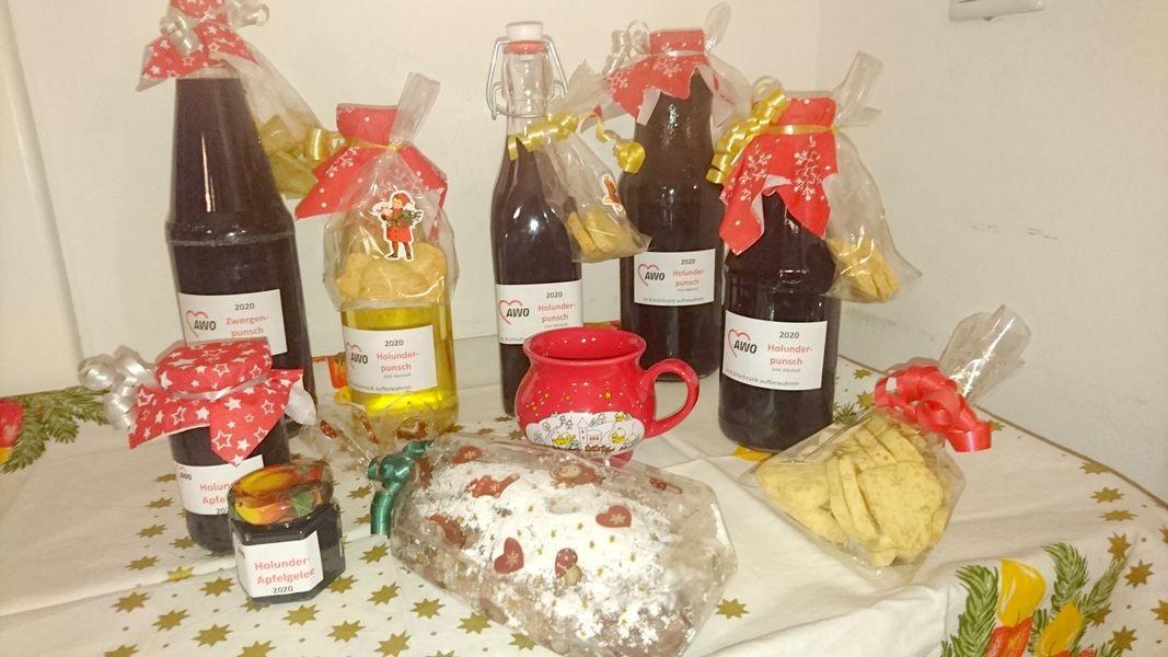Verschiedene festliche Produkte gibt es bei der Mettmanner AWO im