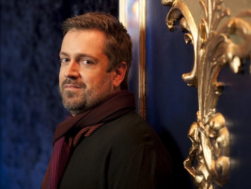 Der Pianist Artur Pizarro spielt die Werke zusammen mit den Wuppertaler Sinfonikern ein. Fotorechte: Künstler
