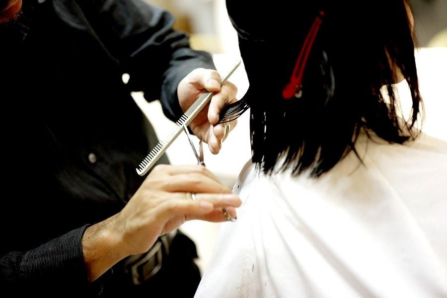 Weg mit der Corona-Mähne: Friseure dürfen ab dem 1. März wieder öffnen. Foto: pixabay