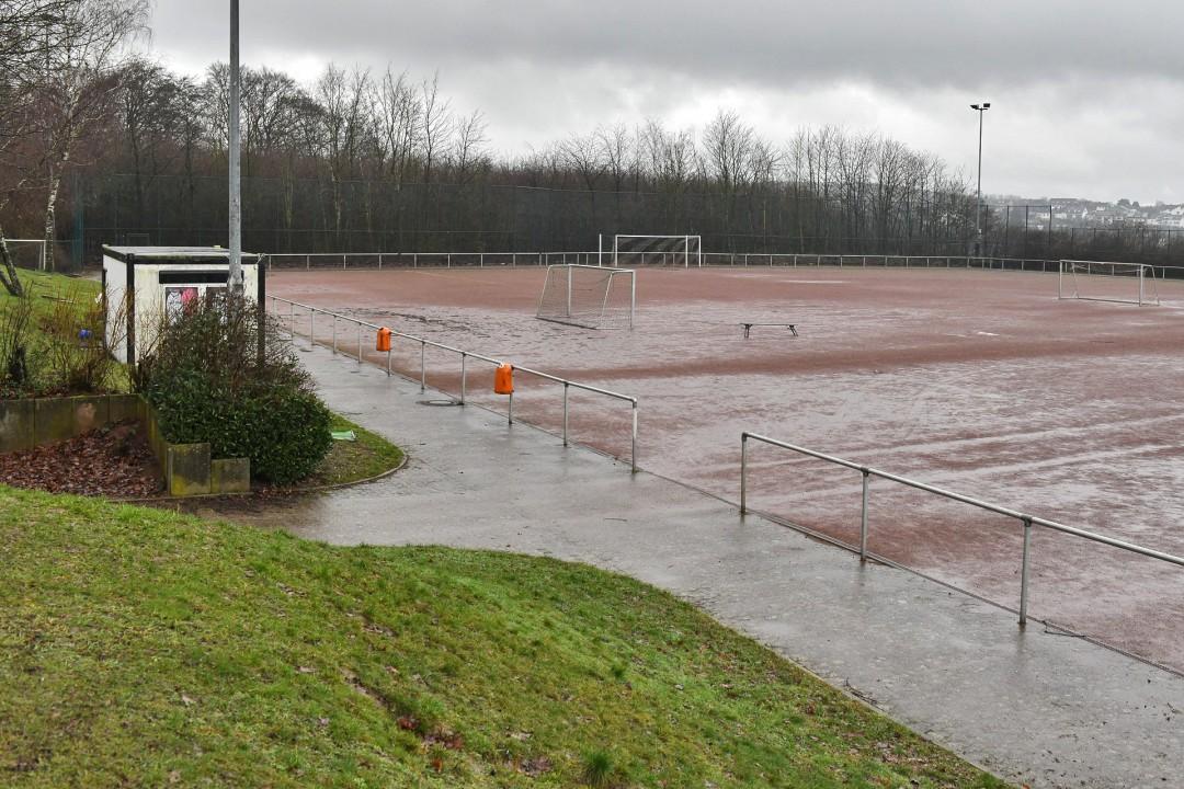 Für über eine halbe Million Euro soll noch in diesem Jahr die Sportanlage Siepen erneuert werden. Foto: Mathias Kehren