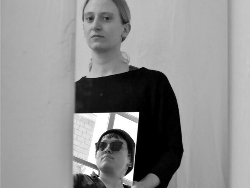 Nina Maria Zorn und Ava Weis machen gemeinsam Kunst. Foto: Künstlerinnen