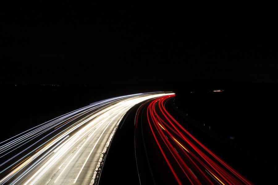 Die SPD kritisiert im Bereich Homberg den Schallschutz an der A44. Foto: pixabay