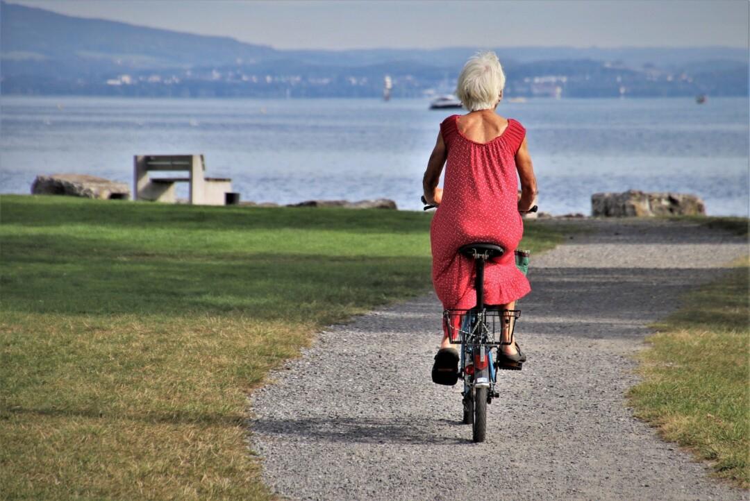 Die AWO bietet Seniorenreisen an. Bild: pixabay