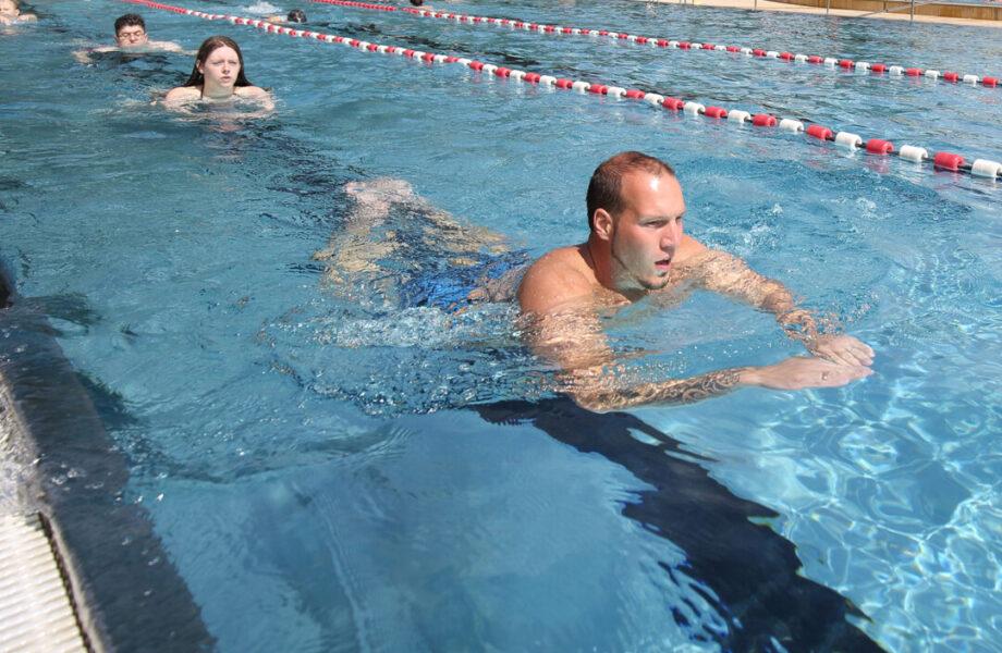 Das Allwetterbad in Lintorf öffnet wieder für den Sportbetrieb. Foto: Stadtwerke Ratingen