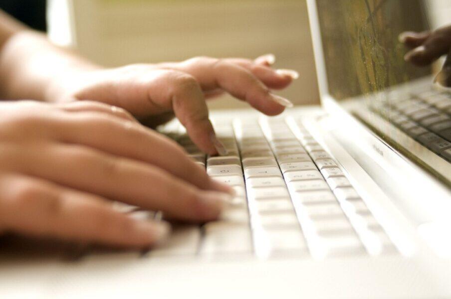 Erneut findet ein Online-Stammtisch des Frauen-Netzwerks statt. Foto: pixabay